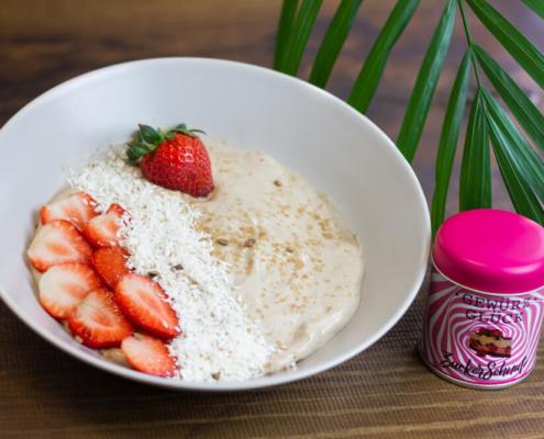 eis creme mit erdbeeren und kokos rezept