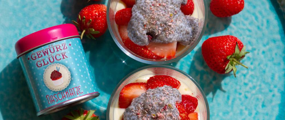 Vanillequark mit Chia Topping rezept